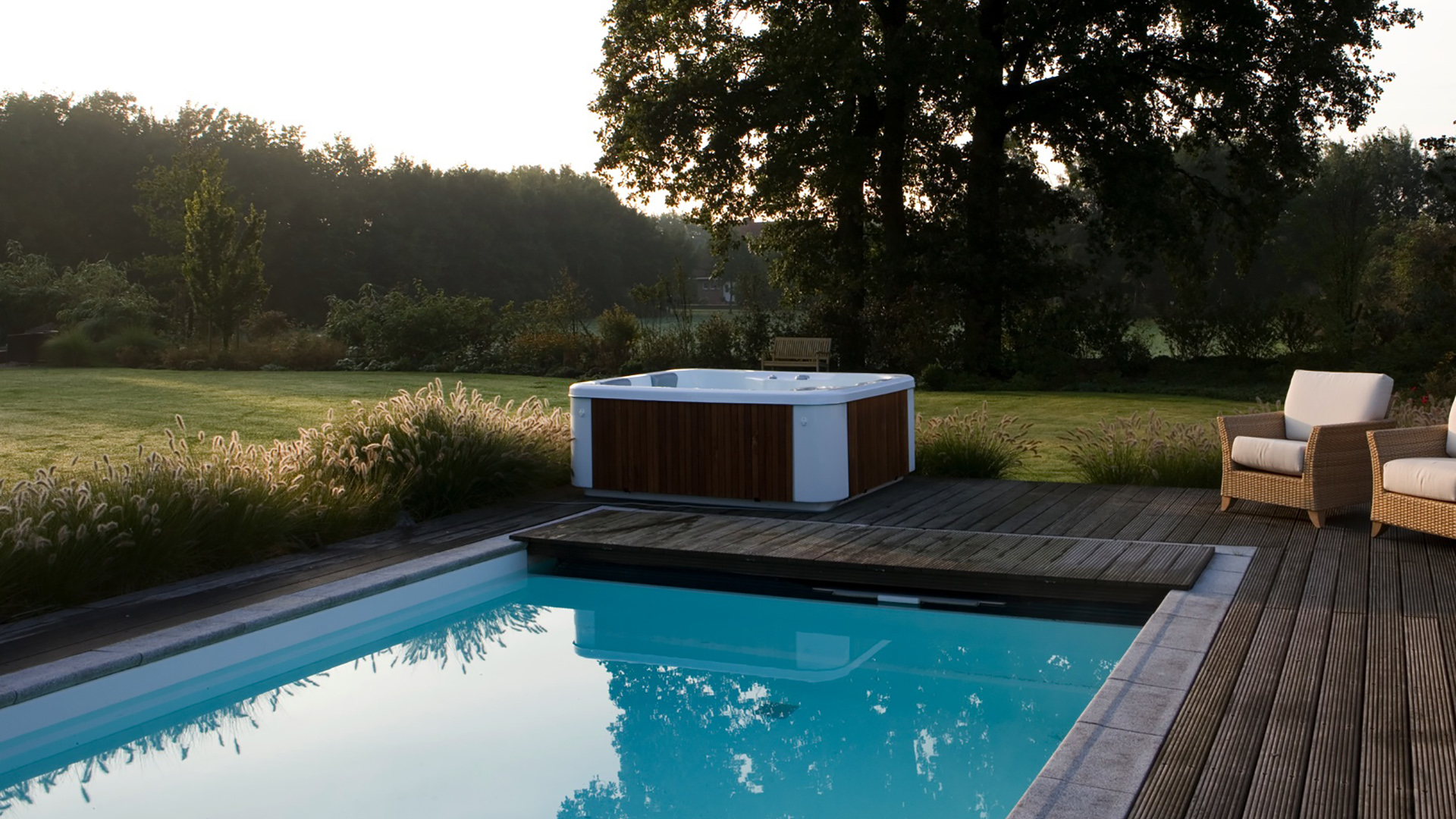 whirlpools. Black Bedroom Furniture Sets. Home Design Ideas